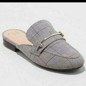 Womens jacquard backless loafers size 9.5